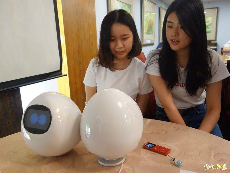 元智改造日本長照機器人 TAPIA化身日語小助教